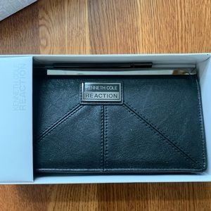 Kenneth Cole reaction black Clutch